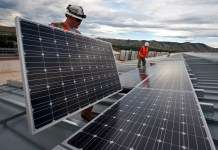 Solar Companies in California Are Paying to Give Away Power   Here's Why