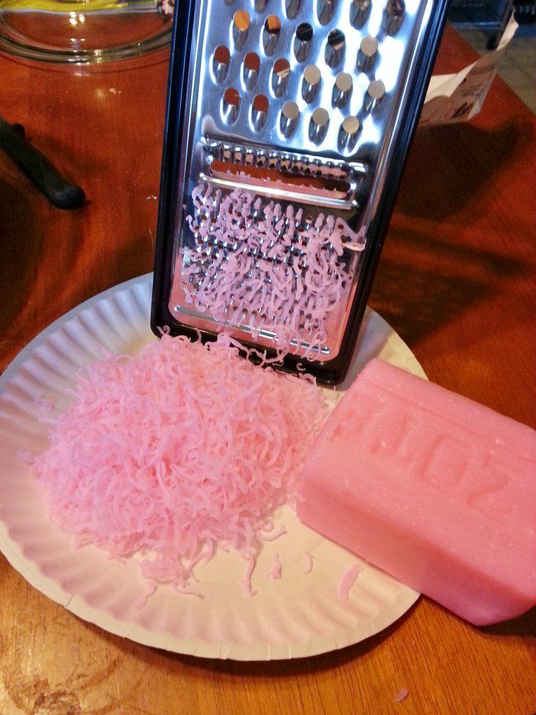 DIY Homemade Laundry Detergent Recipe  NO Borax