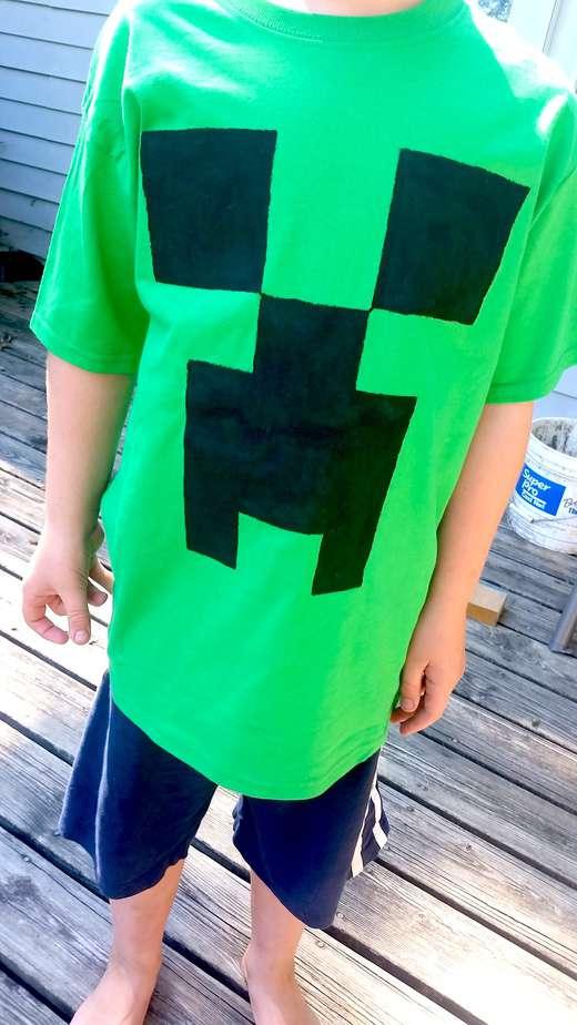Minecraft Creeper T Shirt Tutorial UNDER 5 To Make