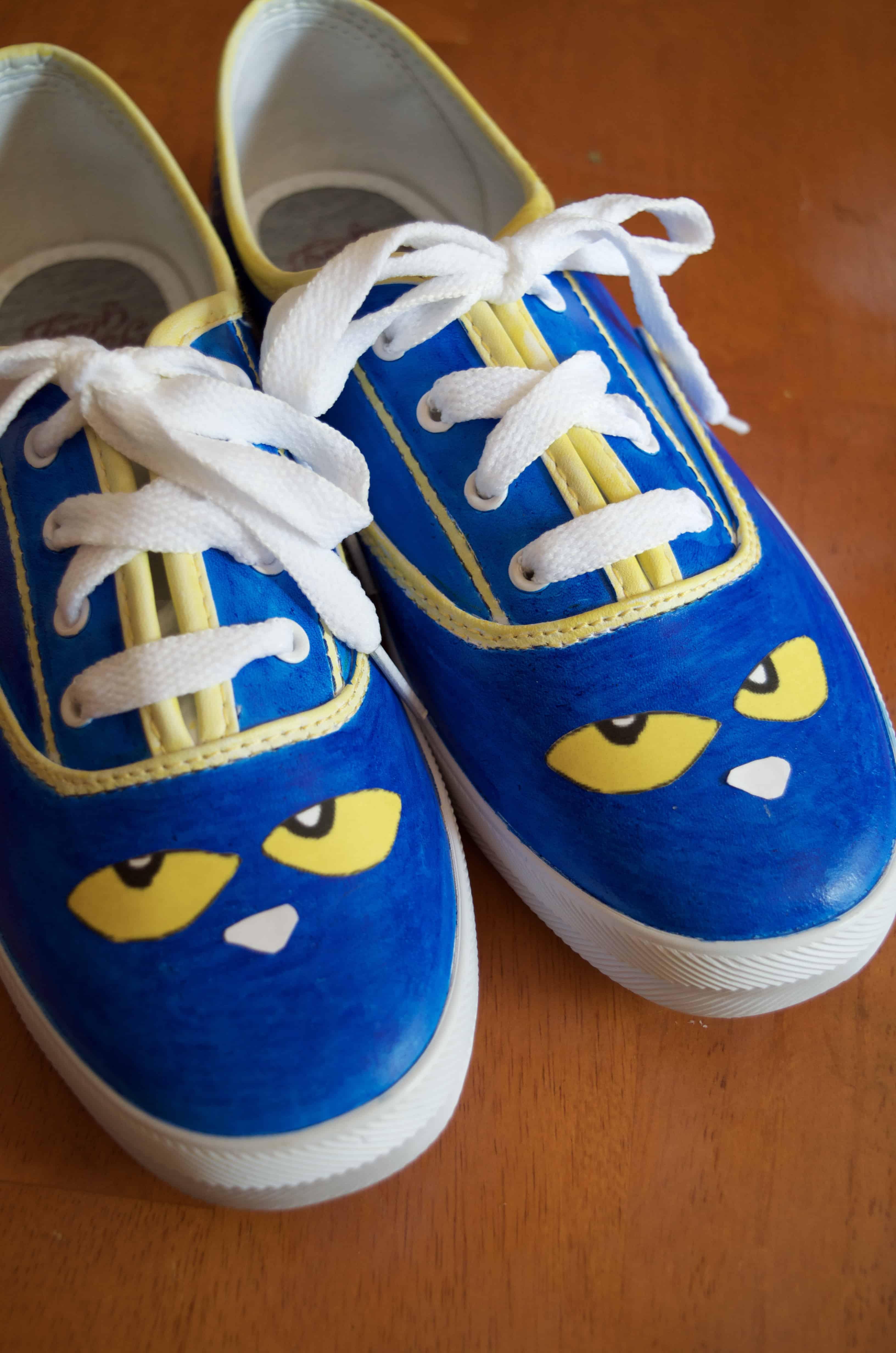 Diy Pete The Cat Shoes Tutorial