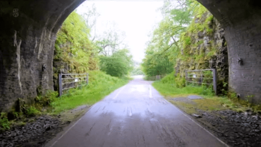 Britain by bike with Larry and George Lamb - Monsal Dale - Headstock Tunnel