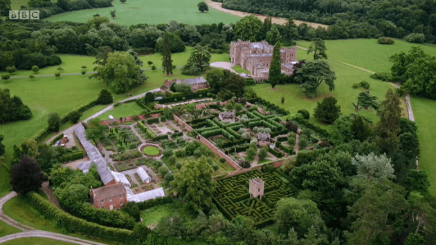 Hampton Court on Antiques Roadtrip (S21, E17) - the house and garden from the air - shot two