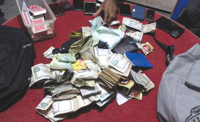 14 gamblers arrested