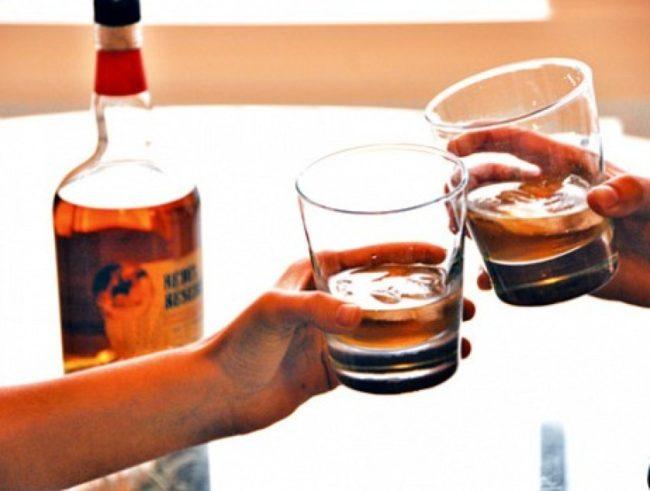 बेलुकी ८ बजेपछि मदिरा बिक्रीमा रोक, मदिरा नियन्त्रित घोषणा गर्ने अन्तिम तयारी