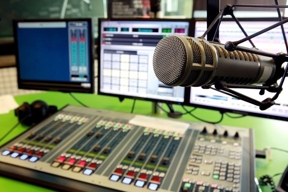 शान्तिका लागि रेडियो स्टेशनहरू खोलिने