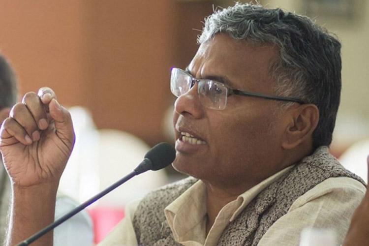 उद्योग मन्त्री यादव मुम्बई प्रस्थान