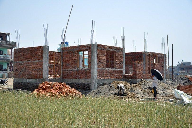 आमा समूहको सक्रियतामा भवन निर्माण