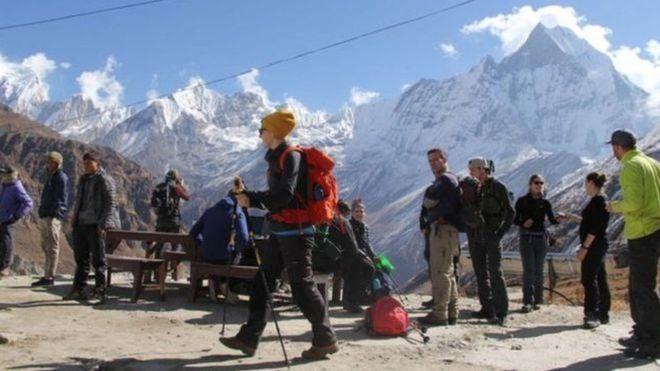 पूर्वी नाकाबाट नेपाल आउने पर्यटक घटे