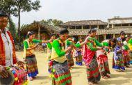 थारू र 'माघी': मासु, जाँड र ढिकरी खाई रातभर नाचगान