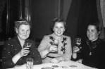 Frau Franz Budde, Luzi Kadlec, Frau Nosal