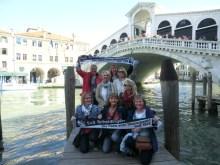 Die Damen vor der Rialtobrücke in Venedig am 30.04.17