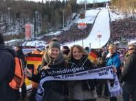 Manjana Hoffmeier & Johanna Degenhardt am 28.01.17 ab der Mühlenkopfschanze in Willingen