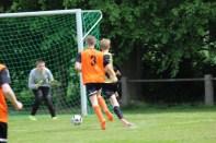 Moritz Berz markiert das 3:0 für die SG Scheidingen/Sönnern