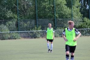 Lars Hilsmann (im Hintergrund)machte einmal mehr ein gutes Spiel
