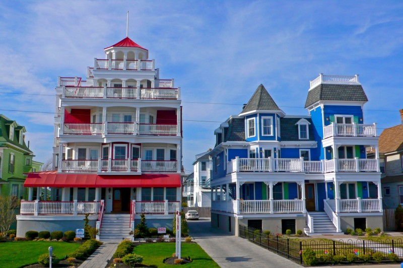 architecture delightful red white blue victorian style house design
