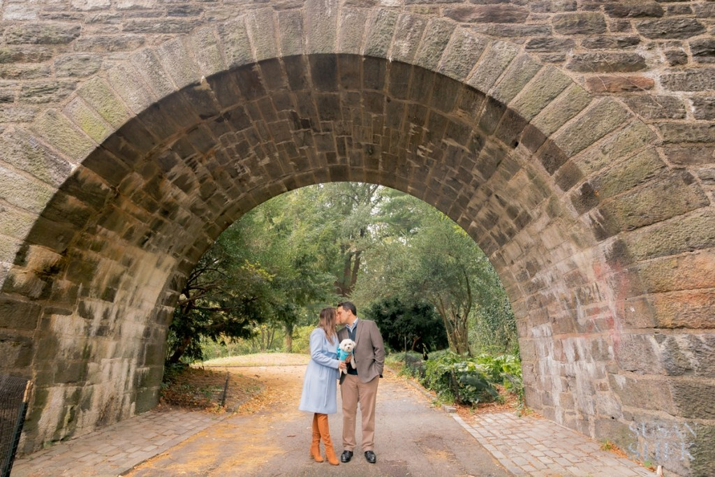 An engagement shoot with a dog at Fort Tryon Park