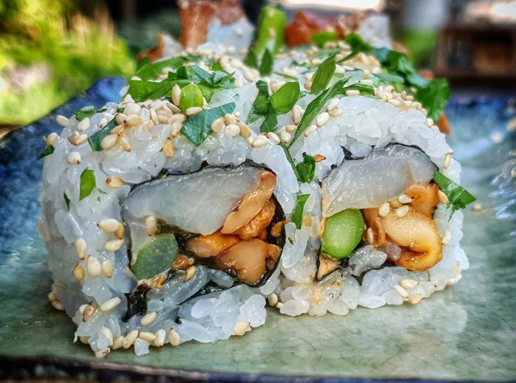 Yellowtail roll with chanterelle mushroom and asparagus