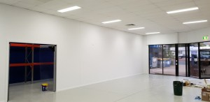 Showroom partition wall