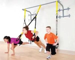 kids doing suspension training