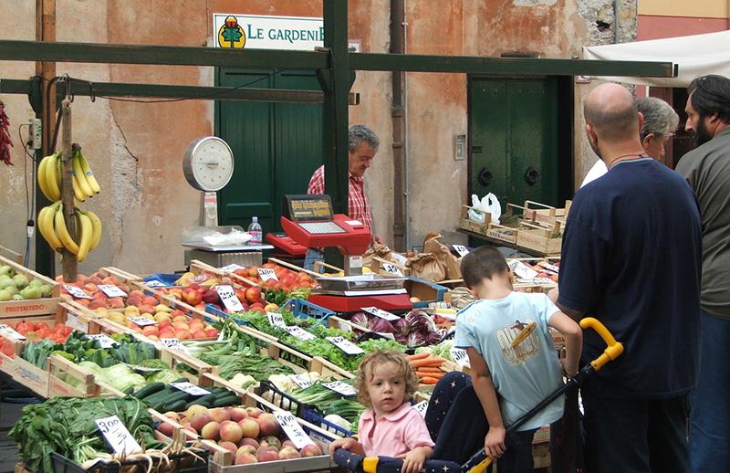 Greengrocer - Andrea De Stefani -  FreeImages.com