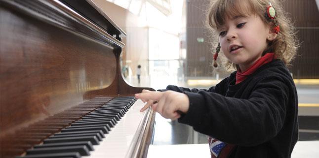 Taller extra-escolar de piano/teclado