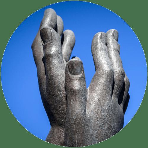 Showalter fountain hands closeup.