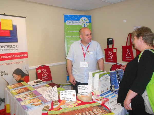 Rupert Smedley from MCI talking to Sharon Caldwell at the SAMA National Conference