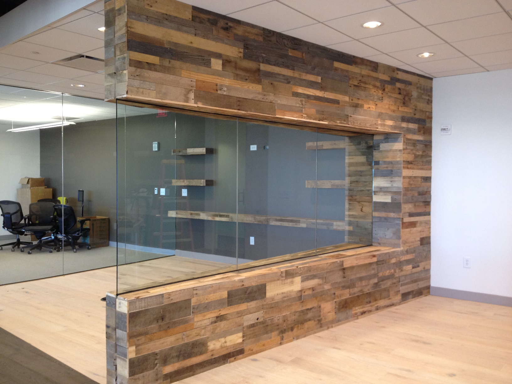Reclaimed pallet wood paneling