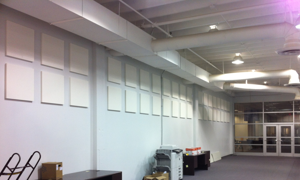 decor-flat-panel open office hallway