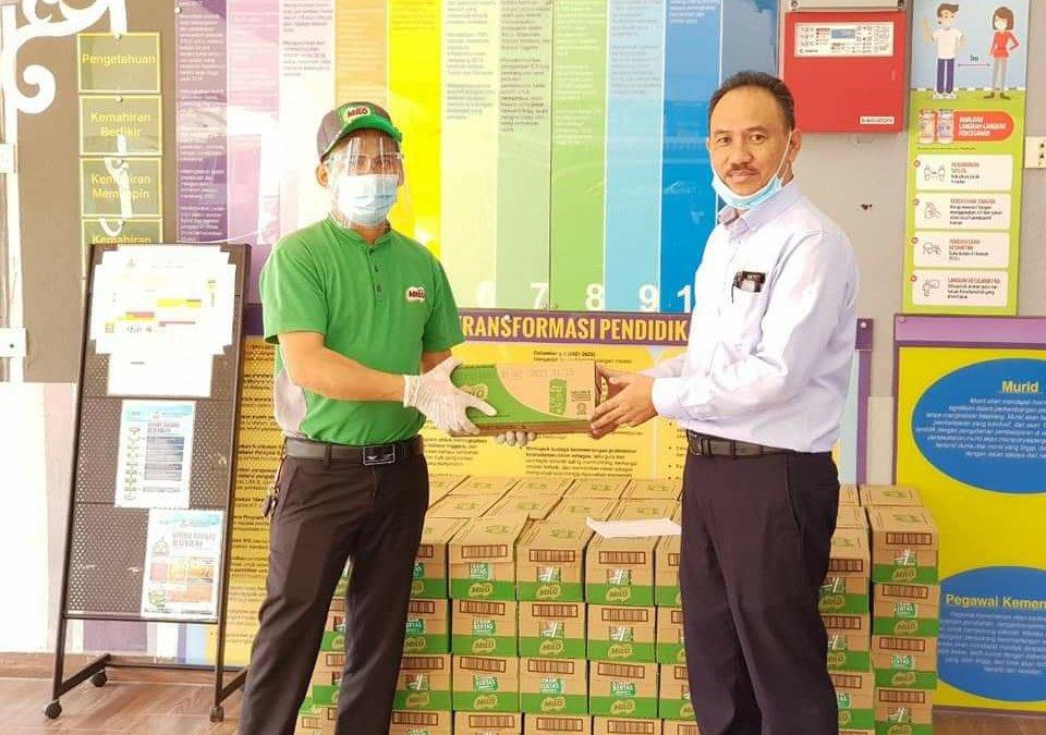 Sumbangan Minuman dalam kotak, MILO, peruntukan dari Kementerian Pendidikan Malaysia (KPM) khas untuk calon-calon SPM 2020 di seluruh Malaysia