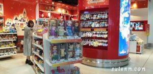 Shop ของ HongKong Disneyland ในสนามบิน