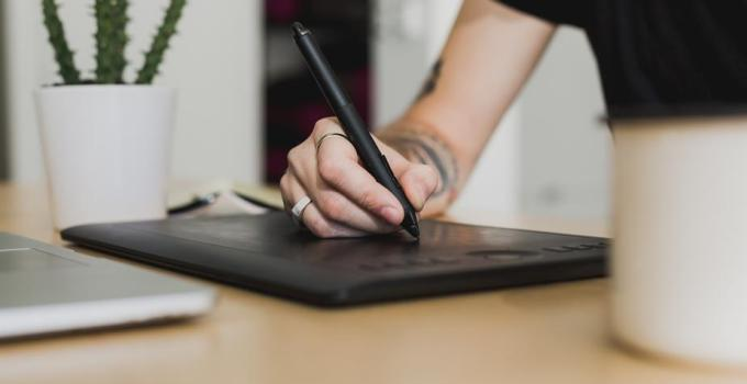 How an E-Signature Solution Can Help Your Startup