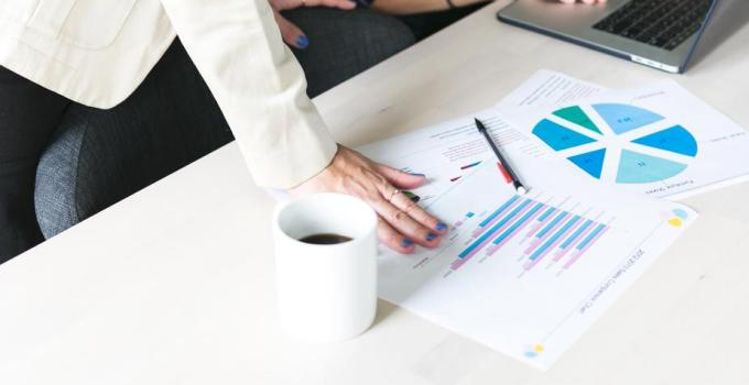 HR Data Analytics - SutiHR