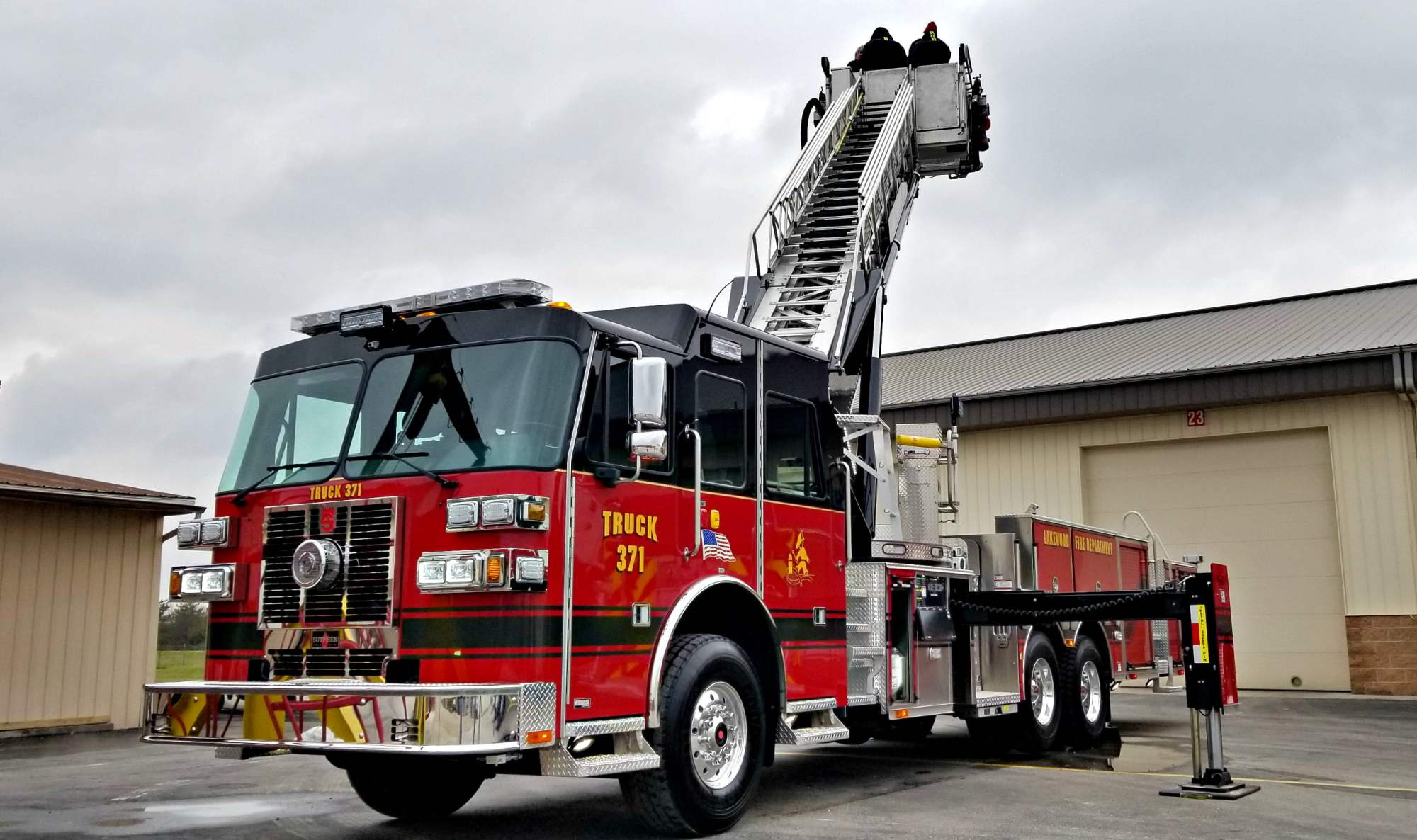 hight resolution of sph 100 lakewood fire department