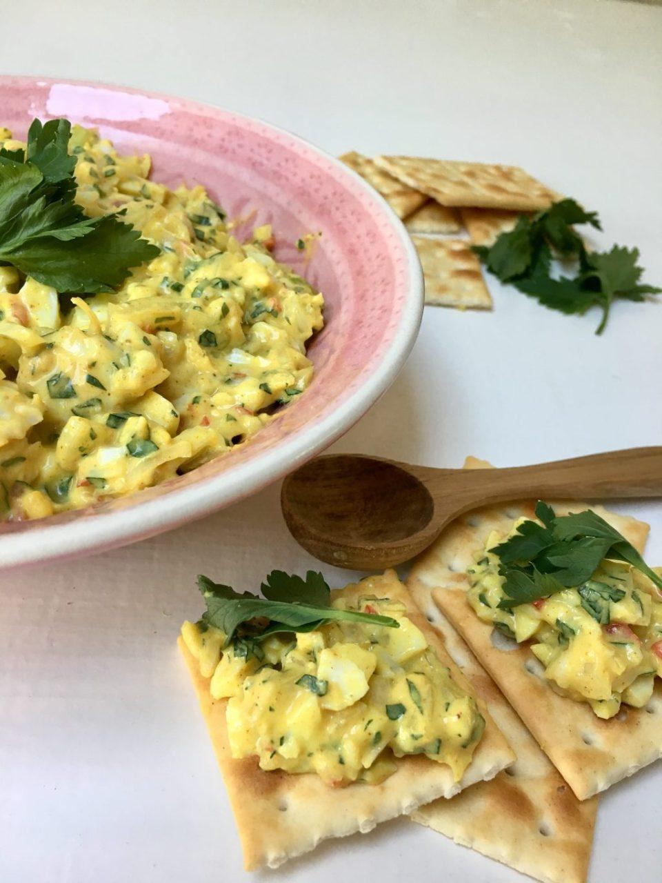 Surinaamse eiersalade om zelf te maken.