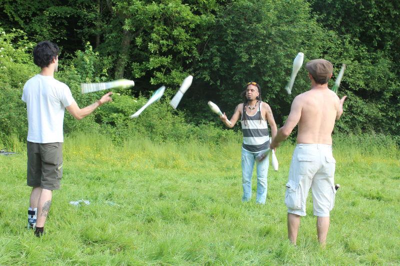 Kommando Cup: Jongleure mit Keulen