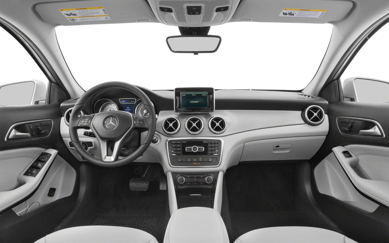 Comparison Mercedes Benz GLA Class AMG GLA45 4MATIC 2017