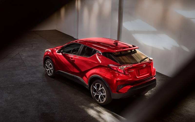 Comparison Nissan Kicks Sr 2018 Vs Toyota Chr 2018