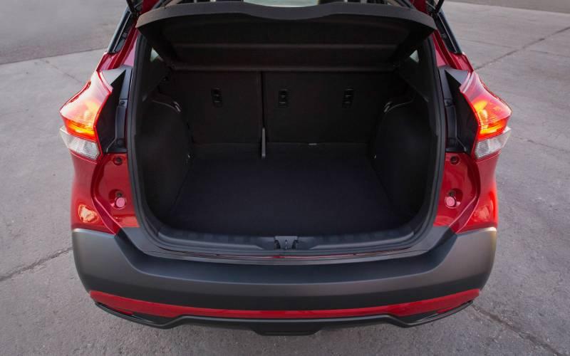 Comparison Vauxhall Crossland X 2018 Vs Nissan Kicks