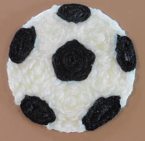 Bierviltje voetbal zwart garen