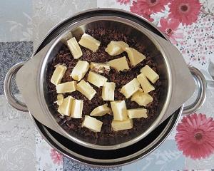 Chocolade taart eiwit melk en pure chocolade met boter