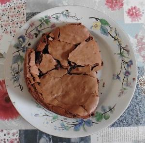 Chocolade taart eiwit uit de bakvorm