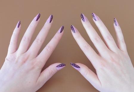 Nail art meer kleur beide handen