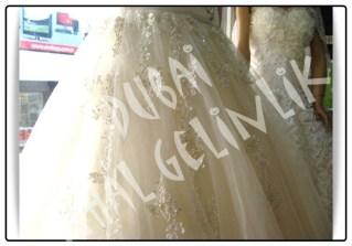 Dubai İthal Gelinlik taşlı ve dantelli prenses tül etek kırık beyaz