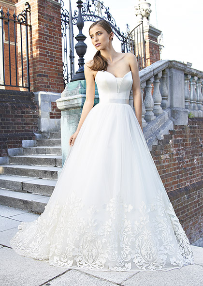 Designer Wedding Dresses  Couture Bridal UK  Suzanne Neville