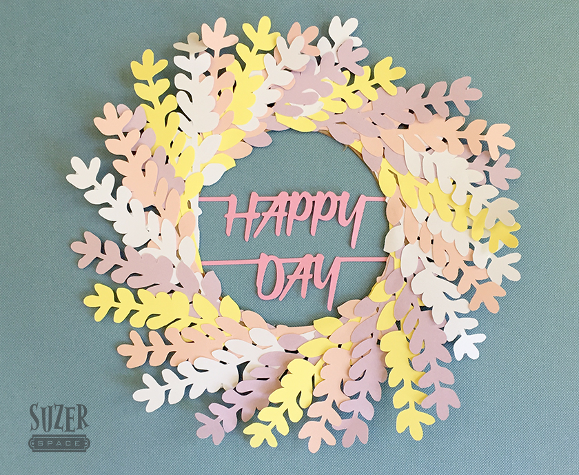 Happy Day Mini wreath | suzerspace.com