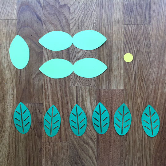 leaves for a daisy door hanger