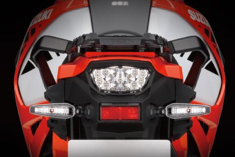 璀璨LED尾燈/後方向燈