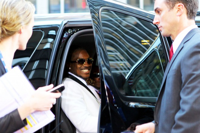 Cordarrelle Patterson gets out of his limo before the start of the NFL Draft in Radio City Music Hall, in New York City