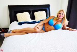 South Florida Escort | Miami-Fort Lauderdale | Sexy Blonde GFE - Upscale Private Incale - Blue Lingerie, Dinner Dates, Overnights, Pornstar